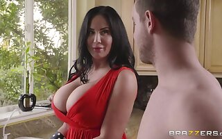 Mega busty stepmom Sybil Stallone is fucked overwrought adult stepson