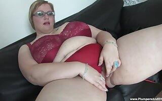Amateur mature Gertruda plays with her massive natural juggs