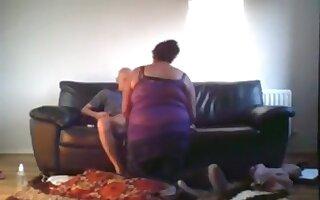 Bbw fucks her skinny bald bf on the sofa