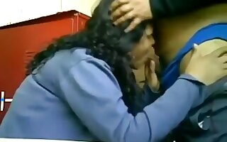 Chubby latina fucks her bf in the boy's lockerroom in the gym