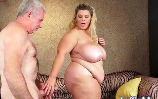 Mega Milkers BBW Hayley Jane Makes Love