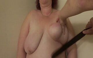 200 Strokes On The brush Beamy Breasts