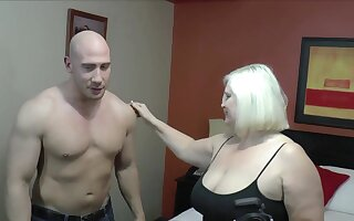 Unrelieved makes Lacey Starr excel than sucking and riding a dick