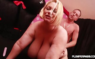 Sexy Obese Tits Obese Ass Mature - Cougar