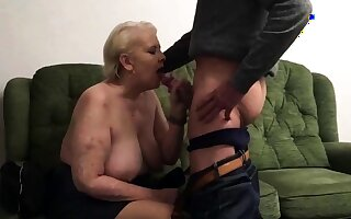 Penny Sneddon sucking blarney 26-11-18