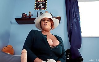 Super juggy BBW Annabelle Rogers is playing with dildo on the part of church service